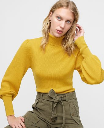 Balloon-sleeve Turtleneck Sweater